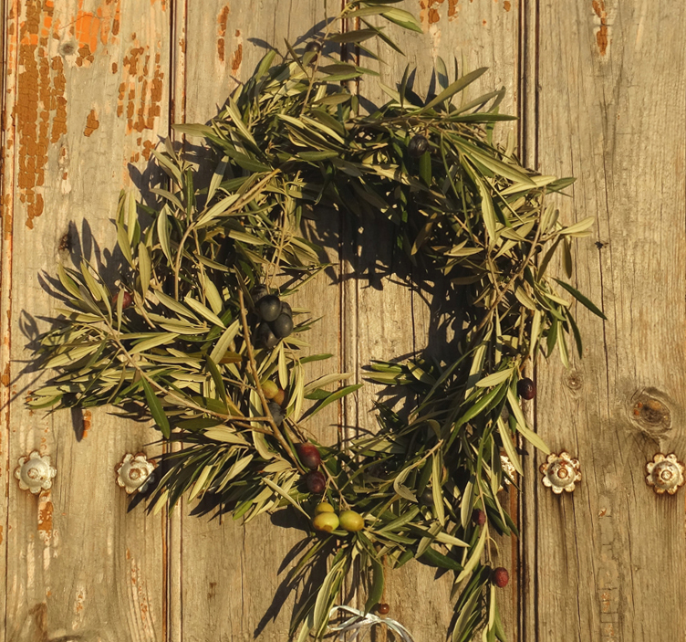 Christmas In Spain, olive branc wreath